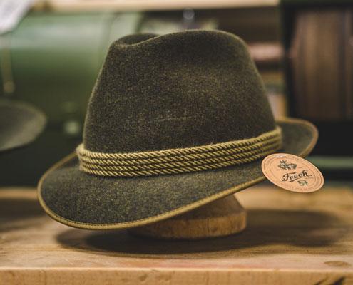 Hut Auf Einem Hutständer