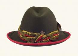 Trachtenhut Damen - rückwärtige Ansicht mit Anstecknadel - Hutmacher Frech